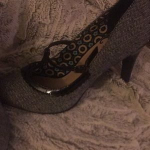 Restricted Shoes - Black tweed High heel shoes